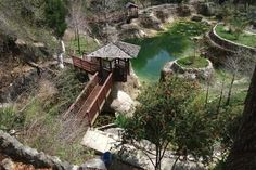 Cedar Lakes Woods and Gardens is set in an abandoned lime rock quarry with numerous waterfalls, fish ponds, overlooks, and flower gardens. Cedar Lakes is surrounded by a Nature Conservatory with many species of trees, birds, owls butterflies and other animals.