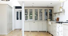 deVOL Real Shaker Kitchens are handmade in England using authentic Shaker style Kitchen cabinets. Simple kitchens of the highest quality define this range of functional furniture Devol Shaker Kitchen, Modern Shaker Kitchen, Shaker Style Kitchen Cabinets, Devol Kitchens, Shaker Style Kitchens, Kitchen Cabinet Styles, Kitchen Dresser, Kitchen Time, New Kitchen