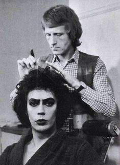 """cultfilms: """" the rocky horror picture show - behind the scenes tim curry getting his hair and make up done 1975 """" Rocky Horror Show, Tim Curry Rocky Horror, The Rocky Horror Picture Show, The Frankenstein, Chroma Key, Gene Kelly, Portraits, Scene Photo, Classic Movies"""