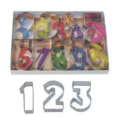 R & M Number 9 Piece Cookie Cutter Set