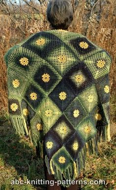Summer Meadow Motif Shawl by ABC Knitting Patterns - Crochet Pattern Bonanza Crochet Motif Patterns, Shawl Patterns, Crochet Designs, Knitting Patterns Free, Crochet Home, Free Crochet, Crochet Fashion, Crochet Accessories, Crochet Shawl
