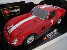 RAR: La Mini Miniera Ferrari 250 GTO Nürburgring (1962), rot, Ferrari 250 GTO Nürburgring (1962)  Umbau auf Basis Bburago   Innenausstattung in braun  Lenkrad in braun  Rennbeklebung Startnummer #3  Lenkung funktionstüchtig alles zum öffnen  La Mini Miniera OVP MMBU3011NU    Maßstab: 1:18  Farbe: rot  Hersteller: La Mini Miniera Bburago