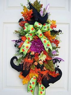 HALLOWEEN~SWAG~WITCH BOOTS AND HAT~WREATH ALTERNATIVE~HOLIDAY~FALL~AUTUMN DECOR | eBay