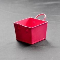 Hot Pink square metal bucket