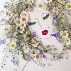 nature art I Balance Twigs And Flowers To Create Intricate Portraits Out Of Mother Nature Art Et Nature, Nature Crafts, Arte Floral, Pressed Flower Art, Leaf Art, Flower Crafts, Dried Flowers, Art Flowers, Growing Flowers
