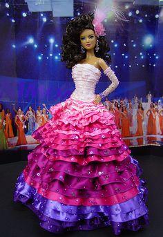 OOAK Barbie NiniMomo's Miss Venezuela 2011