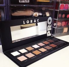 I want this palette so badly. All my beauty guru love it so with no hesitation i will also :) #loracpro #lorac #palette #makeup