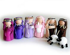 Christmas Peg Doll Nativity Christmas Decoration by Troodlecraft Nativity Peg Doll, Diy Nativity, Wood Peg Dolls, Nativity Ornaments, Clothespin Dolls, Nativity Scenes, Felt Ornaments, Christmas Decorations For The Home, Christmas Projects