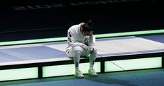 Le lacrime e la disperazione di Shin A Lam dopo saranno probabilmente una delle immagini che resteranno nella memoria delle Olimpiadi di Londra. Un pianto disperato che ha bloccato per un'ora la gara di scherma per dare modo alla schermitrice di riprendersi grazie anche all'aiuto dei giudici che hanno cercato in tutti i modi di calmarla e convincerla a lasciare la pedana. La coreana aveva perso l'assalto in semifinale con la tedesca Britta Heidmann.