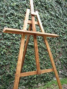 Art easel made for memory board at high school reunion - Caballete para pintar ...