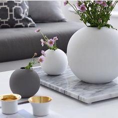 Så fina vaser! Bild från @presenten_se