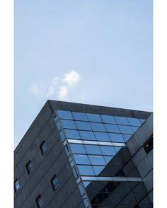 #LubakiLubaki   #AlexandreGaudin  www.lubakilubaki.com by Alexandre Gaudin  #Architecture #Paris #LaDefense #Two #Brutalist #BrutalistArchitecture #ModernArchitecture #Facade #Blue #Archidaily #Tours #GlassFacade #TopParisPhoto #Vsco http://ift.tt/23XGz9h