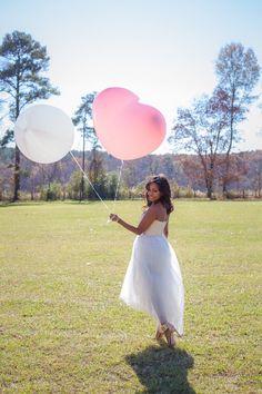 Happy Balloon Pretty Dress Photoshoot