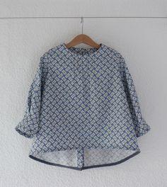 CAPELLA sans plastron, patron de couture issu du livre Grains de Couture pour Enfants, Ivanne.S, by Bobines et Petites Sapes