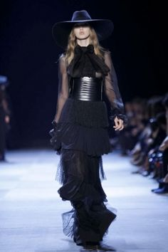 SS13 YSL AGAIN WITH THE DULL BLACK TIERS, AND ALL RIGHT ALREADY WITH THE HAT!
