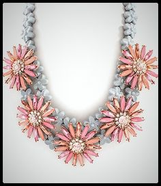 Collar Margarita via P e t i t e