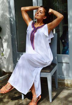 Marrakech Bohochic Tee Kaftan Caftan by MaisonMarrakech on Etsy Kaftan Designs, Ethiopian Traditional Dress, Traditional Dresses, Ethiopian Dress, Mode Abaya, Beach Kaftan, Beach Dresses, Comfortable Outfits, Winter Dresses
