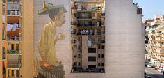 """Die Herrschaften Sainer und Betz von der polnischen Etam Cru sind momentan in Rom, wo sie im Rahmen ihrer """"Italy @ Varsi Gallery"""" Solo-Show, die am 30.10.2014 begonnen hat, ein riesiges Mural über ein achtstöckiges Hochhaus malten. Sie haben sich in der Farbwahl an die ursprüngliche"""