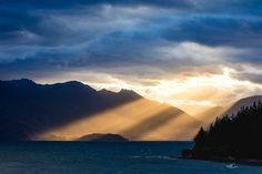 Qhe last of the sun's rays hitting Walter Peak High Country Farm, another awesome Queenstown sunset