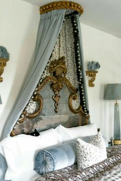 French and Italianate bedroom decor ideas.