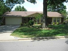 Open House Sunday 11/17/13 2-4 P.M. 2909 Marion Ct Ft Smith- $169,900 Click here to take a virtual tour: http://www.PropertyPanorama.com/mls.asp?id=228729 Call Ramona Roberts or visit our website www.ramonaroberts.com for more information, photos, and directions.