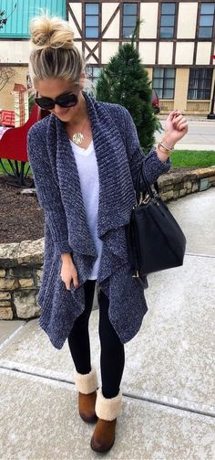 Sunday (comfy) best: White tee, leggings, long cardi + uggs