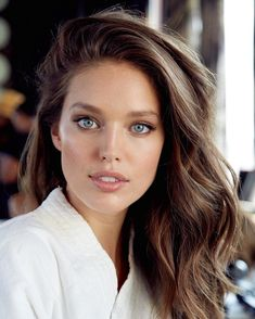 """Natural Makeup teamemilydidonato: """" BTS: Emily DiDonato for Maybelline 2016 """" - You only need to know some tricks to achieve a perfect image in a short time. Light Blue Eyes, Gorgeous Eyes, Most Beautiful Faces, Gorgeous Makeup, Woman Face, Pretty Face, Maybelline, Malta, Beauty Women"""