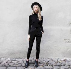 Gorgeous 48 Chic All Black Outfit https://bellestilo.com/80/48-chic-black-outfit