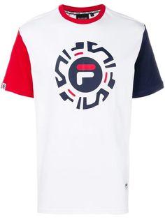 Fila Logo Print T-Shirt Adidas Originals Tshirts, T Shirt Printer, Back To School Outfits, Best Wear, Boys Shirts, Printed Shirts, Shirt Style, Shirt Designs, Polo Shirt