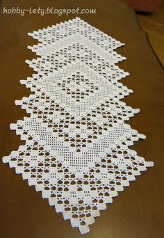 Free Patterns Archives - Beautiful Crochet Patterns and Knitting Patterns Crochet Bedspread Pattern, Crochet Table Runner Pattern, Crochet Placemats, Crochet Doily Patterns, Crochet Motif, Crochet Stitches, Knitting Patterns, Filet Crochet, Art Au Crochet