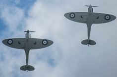 Among the highlights of the Battle of Britain Anniversary Air Show that took place on Sep. 19-20,  there was a flypast made by two U.S. F-15E Strike Eagles of the 492nd Fighter Squadron from RAF Lakenheath, and two Spitfire Mk Is.