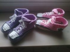 Ja taas parit tossut! Baby Shoes, Kids, Fashion, Young Children, Moda, Boys, Fashion Styles, Baby Boy Shoes, Children