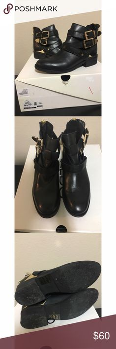 Aldo Booties. They are real leather. Worn a couple of times. Size 6.5. Runs true to size. Aldo Shoes Ankle Boots & Booties