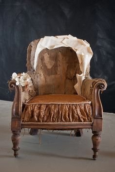 The Reading Chair by all things paper, via Flickr