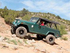 4-Wheelin in a Jeepster Commando