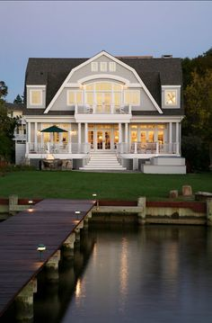Lake House. Charming Lake House. Lake House Design. #LakeHouse #LakeHouseDesign