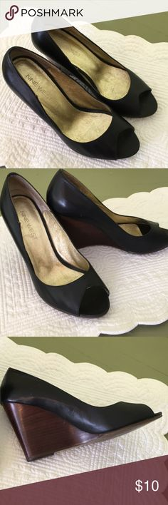 Nine West Black Leather Wedges with wood heel Size 7 1/2 wedge heels. Open toed. Darling shoes. Nine West Shoes Wedges