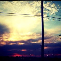 Oklahoma sunsets....we're SO much betta than you! :P