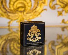 Ladurée x Château de Versailles  #maisonladuree #palace #versailles #gold
