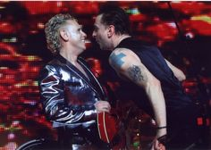 Martin Gore + Dave Gahan @ TOTU (HOW CAN ANYONE NOT LOVE THEM OMG)