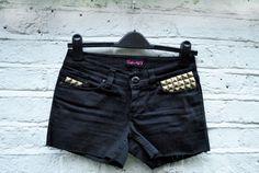 Studded cut off jean shorts diy project from www.knickerelasticfantastic.blogspot.co.uk