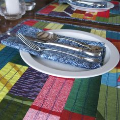 Marimekko placemats quilted patchwork - placemats and napkins - patchwork - Marimekko napkins - placemat napkin set - by Plumdacity by Plumdacity on Etsy