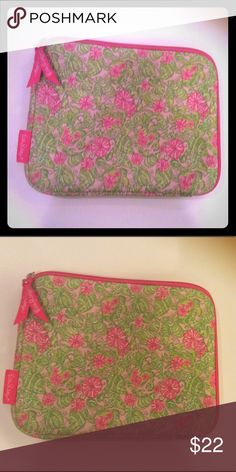 Lilly Pulitzer tablet cover Gently used, not showing many signs of use. Lilly Pulitzer Accessories Laptop Cases