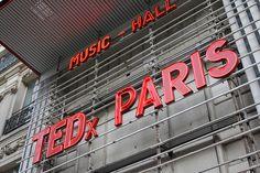 Les conférences TED sont toujours extrêmement riches. Cliquez et allez sur le site TEDx Paris.