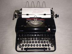 Mechanische Schreibmaschine Optima Elite portable typewriter