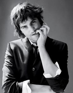 "Jim Sturgess, loved ""across the universe"", ""one day"" and ""21 blackjack"" #oneday #acrosstheuniverse"