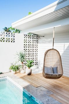 The breeze blocks are reminiscent of the old Long Jetty beach shacks Outdoor Rooms, Outdoor Living, Breeze Block Wall, Beach Cottage Decor, Beach Shack, Pool Designs, Backyard Patio, Cabana, Interior And Exterior