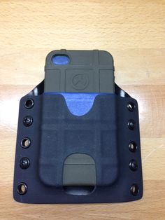 magpul phone case and kydex Tactical Survival, Tactical Knives, Survival Gear, Tactical Gear, Coldre Kydex, Kydex Holster, Edc, Protection Rapprochée, Radios
