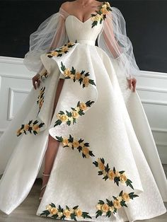 Pretty Prom Dresses, Tulle Prom Dress, Ball Dresses, Elegant Dresses, Cute Dresses, Ball Gowns, Formal Dresses, Prom Gowns, Prom Dresses Flowers