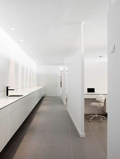 Dental Clinic Designed by Susanna Cots – Barcelona (Catalonia)